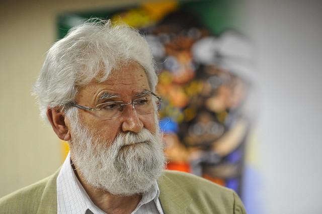 A los 80 años, escritor y filósofo con más de 100 libros lanza la publicación